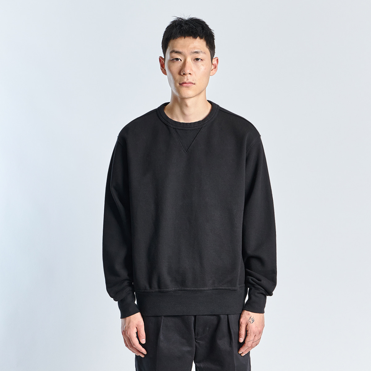 SWEAT SHIRT (Black)